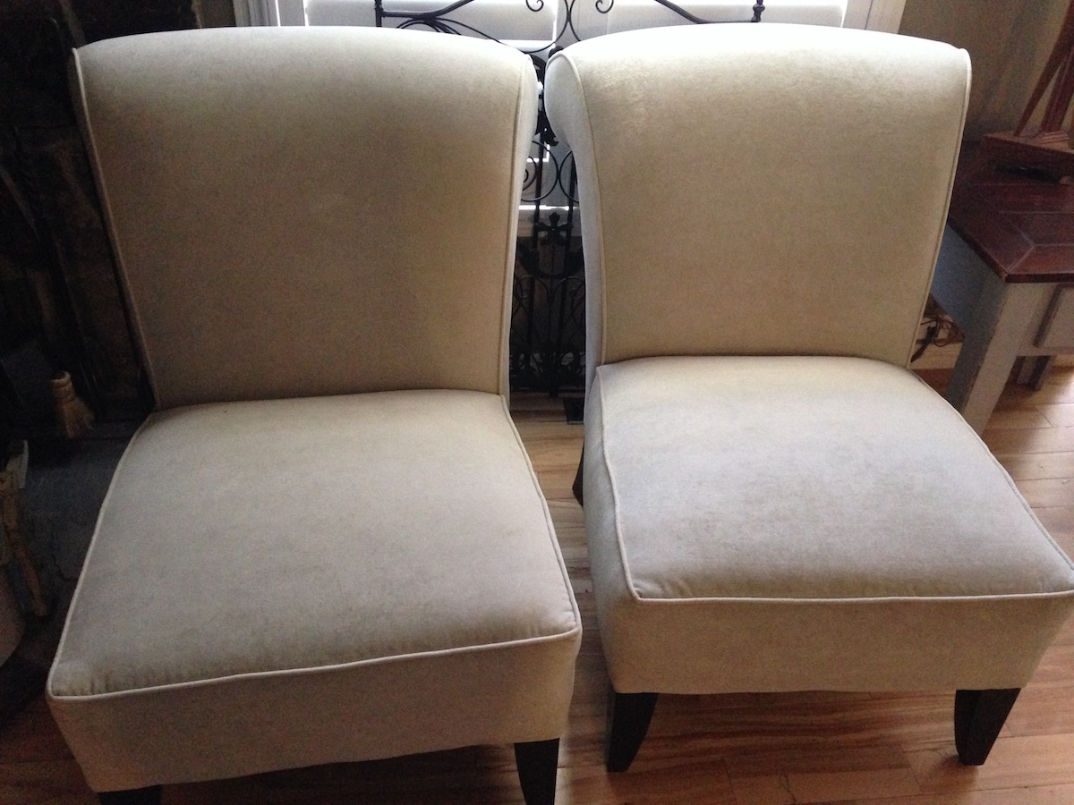off white accent chairs  monarkey – home staging  photography  - home  living room and family room furniture  accent chairs